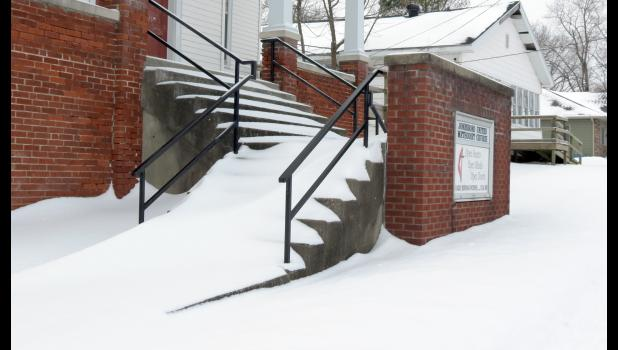 Russian steppes? Nyet. Church steps. As in steps in front of the Jonesboro United Methodist Church. Took the photograph last Thursday morning, in the midst of our most recent Ice Age.